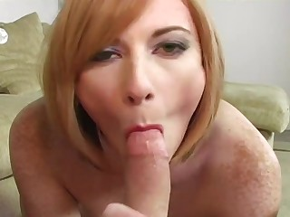 Allison Wyte dildoing herself and sucking