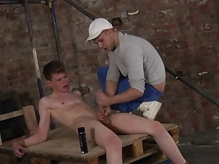Deacon KnowsHow To Work That Dick - Leo Ocean And Deacon Hunter