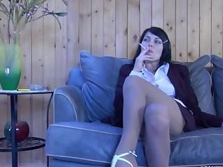 Muriel pantyhose tease video