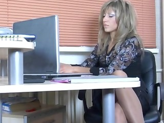 Nora and Paulina horny pantyhose video