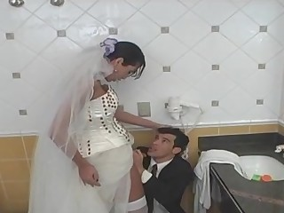 Isabelli mindblowing shemale bride