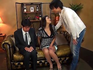 Reiko Kobayakawa Gives A Double Blowie