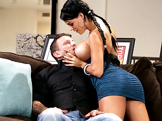 Sex And Confidence, Scene 2