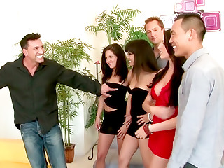 SO CAL Swingers Club - Brunette Trio