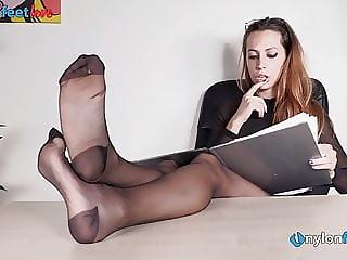 Secretary in pantyhose and heels foot teasing
