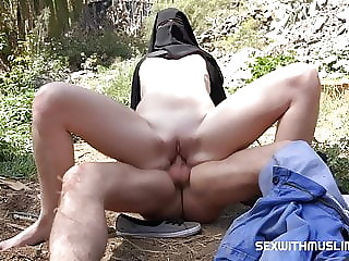 Nice outdoor sex with young muslim wife she is full covered