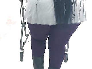 Thick Hood Mature throwing ass under that jacket