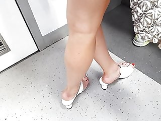 girl sexy high arches, legs feets toes in high heels
