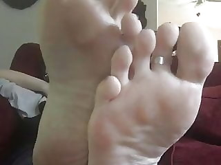 Perfect sexy smooth milf soles